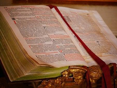 Bible 1623181  340