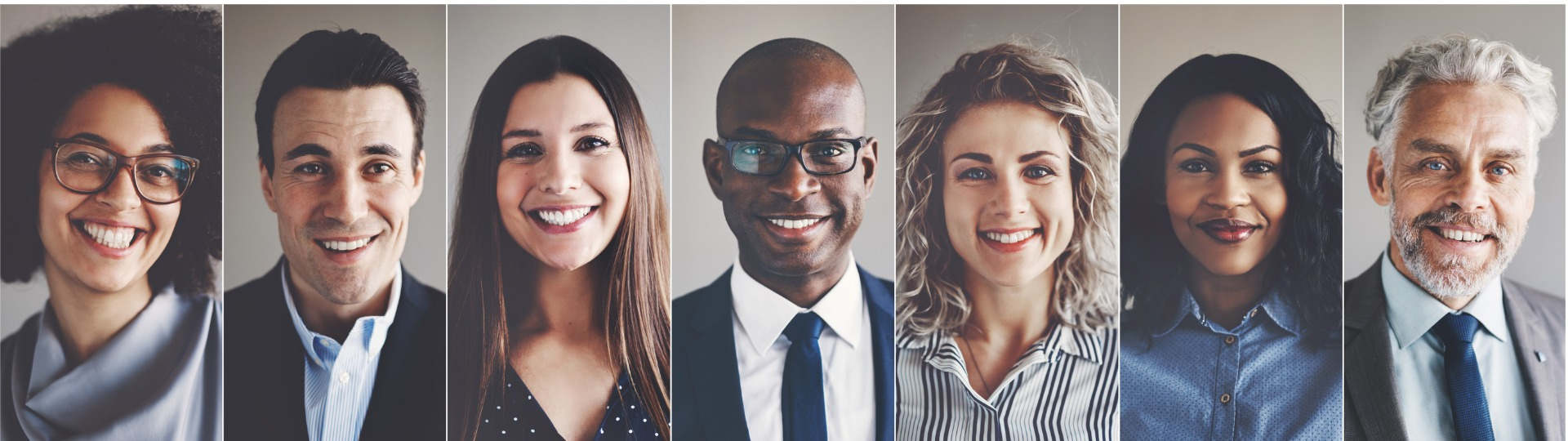 Smiling group of ethnically diverse businessmen and businesswomen picture id858269070